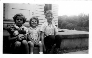 Aunt Lana in the middle.  My Aunt Jeanette and my father on either side.